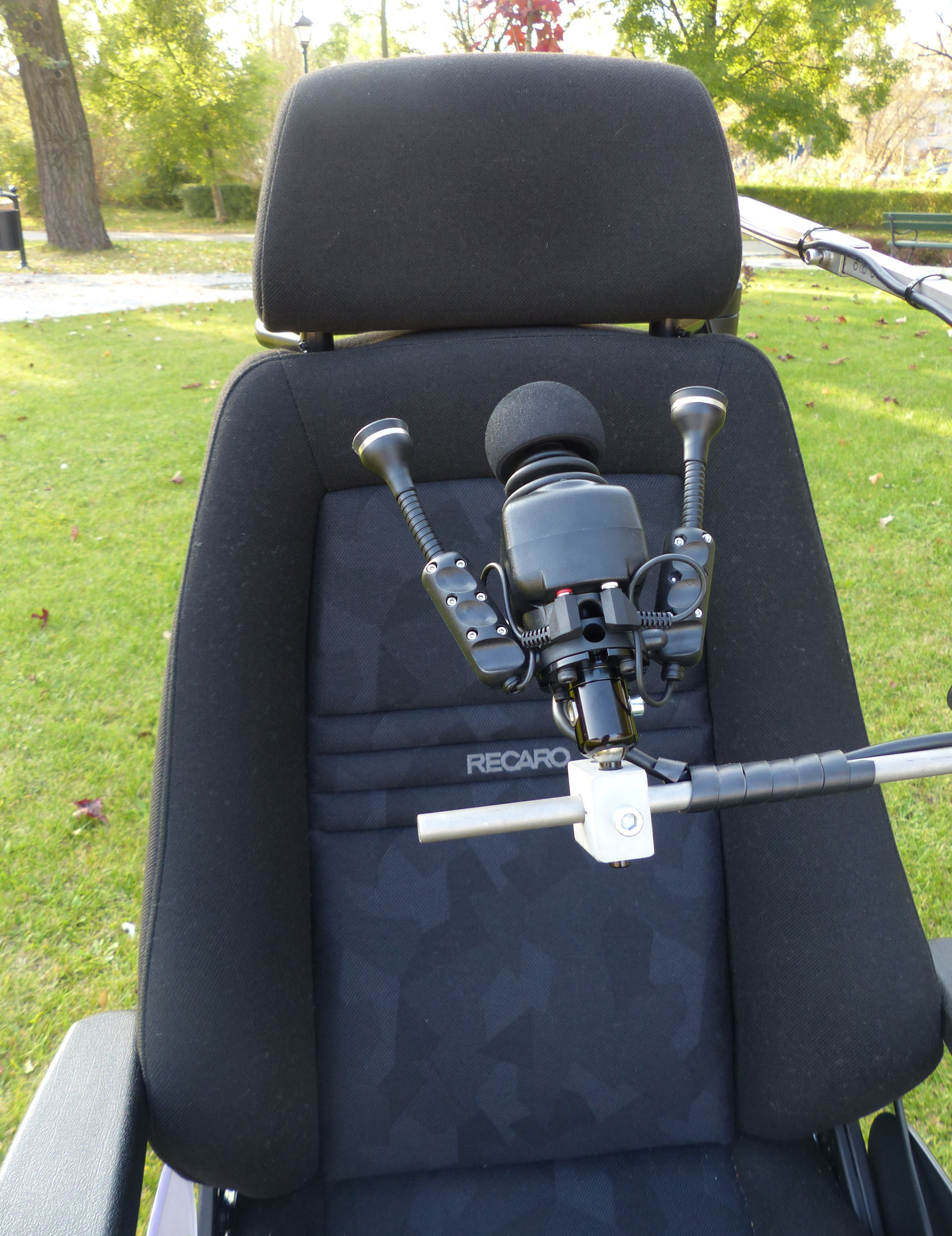 ICHAIR MC3 1.612 wózek elektryczny dla osób niepełnosprawnych