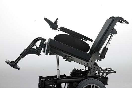 ICHAIR MC2 1.611 wózek elektryczny ze sterowaniem VR2 dla osób niepełnosprawnych