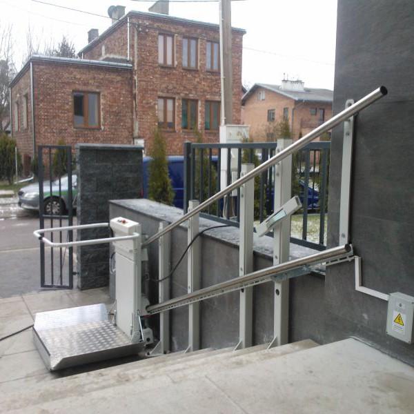 Platforma schodowa DELTA (D-TA tor prosty)