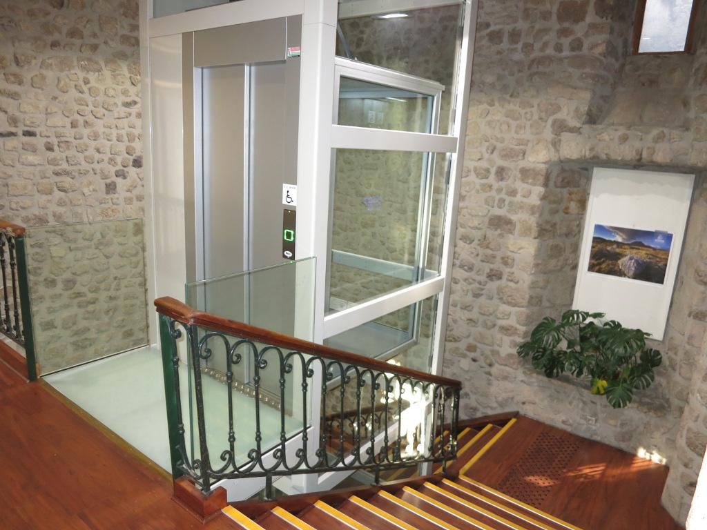 Easy Move winda schodowa dla niepełnosprawnych