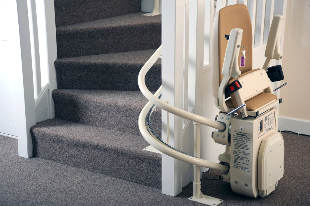 Krzesło schodowe PLATYNA CU (tor krzywoliniowy)
